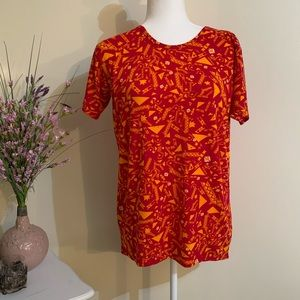 Geo Print LuLaRoe Top in Excellence Like New Cond.